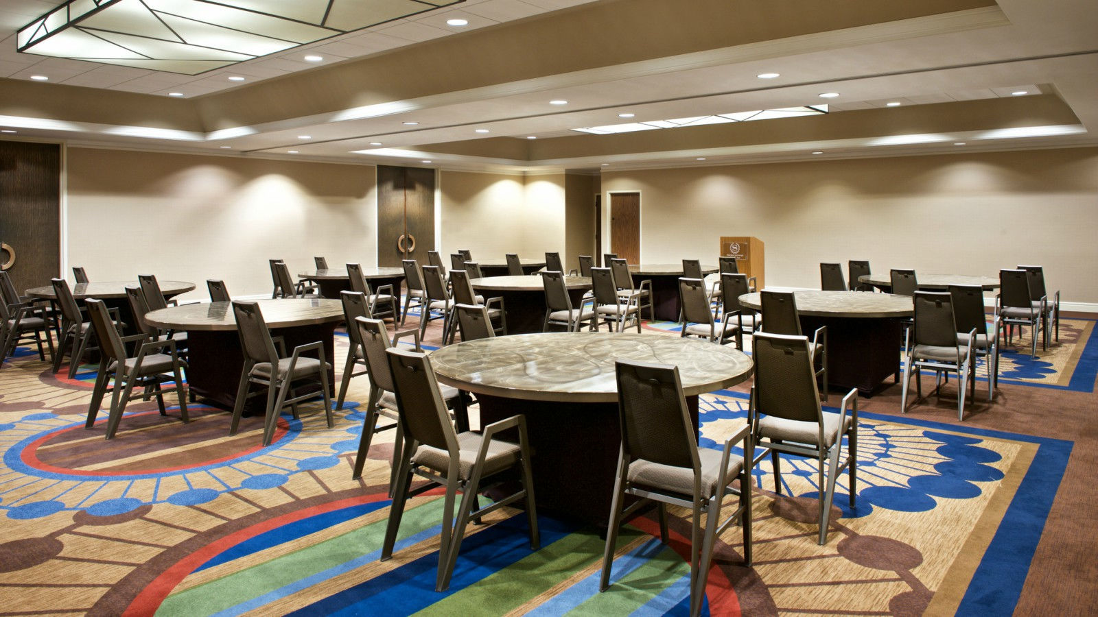 Sheraton Anchorage Hotel & Spa - Meeting Space
